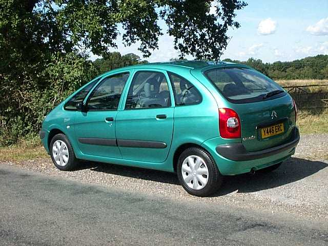 citroen xsara picasso 1 6 lx mpv at northstar london road sayers common hassocks west sussex. Black Bedroom Furniture Sets. Home Design Ideas